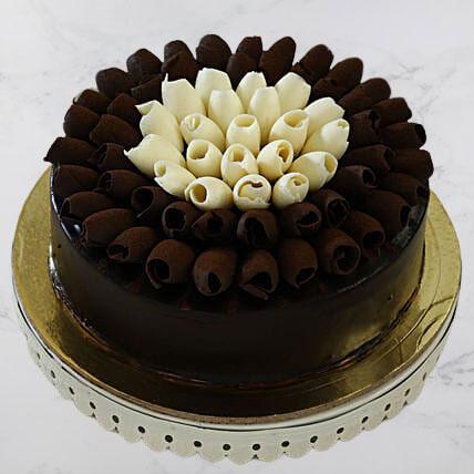 Chocolaty Rolls Chocolate Cake