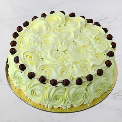 Floral-Pretty-Butterscotch-Cake-piya-me