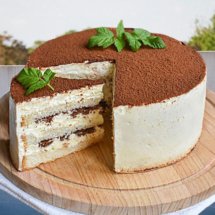 Love Designer Coffee Cakeils : Cake Flavour- Coffee Type of Cake- Cream Shape- Round Weight- Half Kg Serves- 4-6 People Size- 6 Inches In Diameter