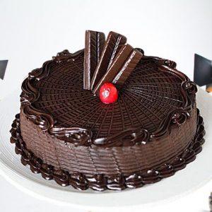 Royal-Crunch-Chocolate-Cake