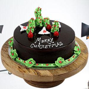 Creamy Chocolate Christmas Cake