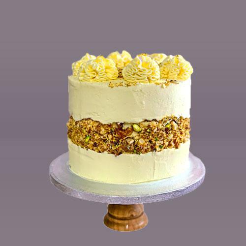 Honey and Nut fault line cake