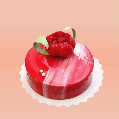 Mirror Glazed Red Velvet Cream Cake